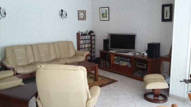 Sale house / villa Saint quentin 143200€ - Picture 4