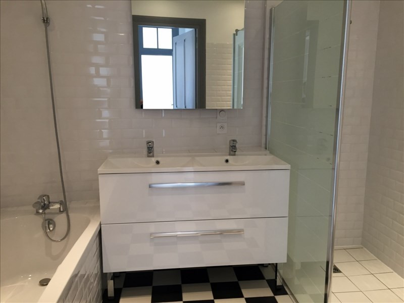 Rental apartment Vienne 1010€ CC - Picture 6