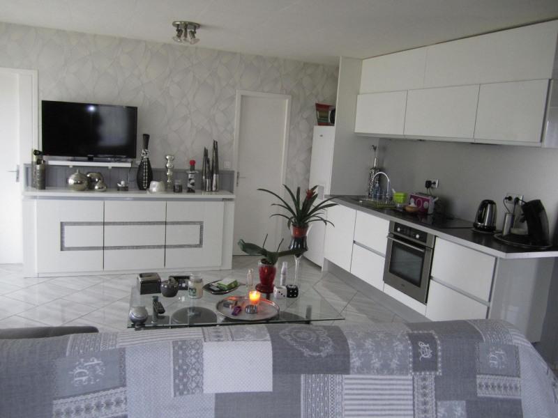 Rental house / villa Barbezieux-saint-hilaire 650€ CC - Picture 3
