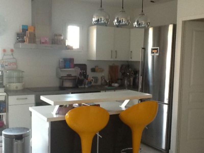 Rental apartment Cabries 1 002€ CC - Picture 4
