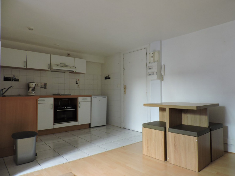 Rental apartment Agen 320€ CC - Picture 3