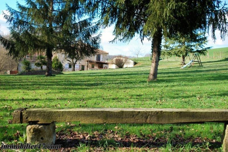 Sale house / villa Colayrac st cirq 245000€ - Picture 11