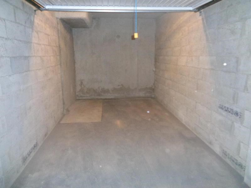 Location parking Lyon 8ème 102€ CC - Photo 2