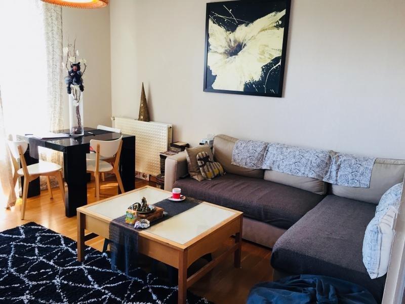 Sale apartment Meyzieu 149000€ - Picture 1