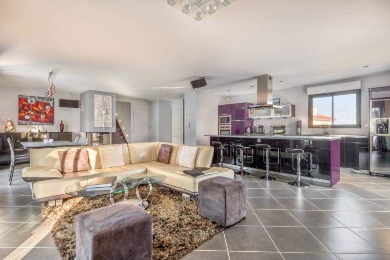 Deluxe sale house / villa Pollionnay 615000€ - Picture 5