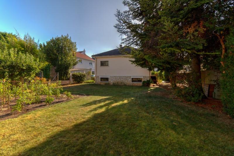 Sale house / villa Croissy sur seine 950000€ - Picture 3