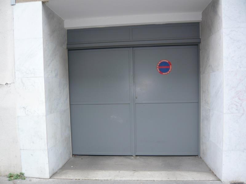 Sale parking spaces Paris 14ème 28 000€ - Picture 1