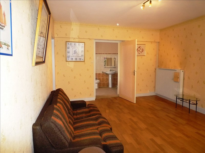 Sale apartment Remiremont 59990€ - Picture 3