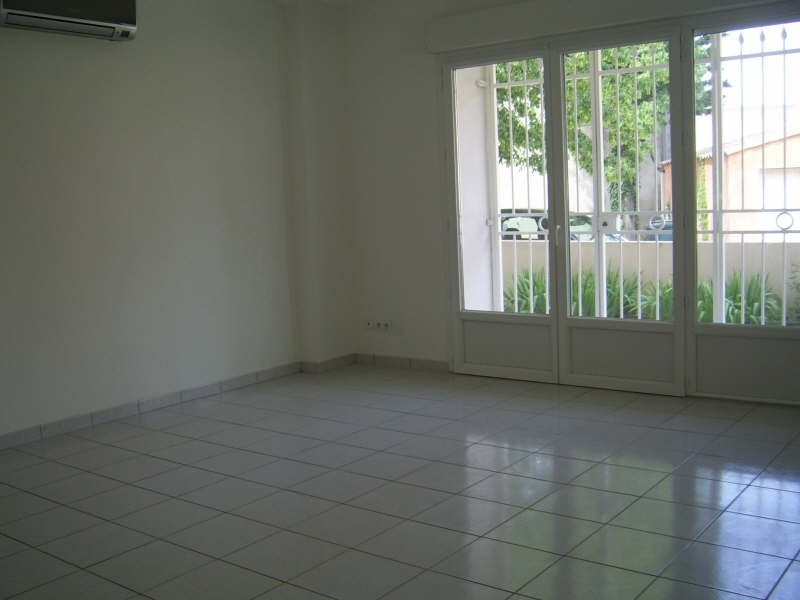 Verhuren  appartement Nimes 840€ CC - Foto 7