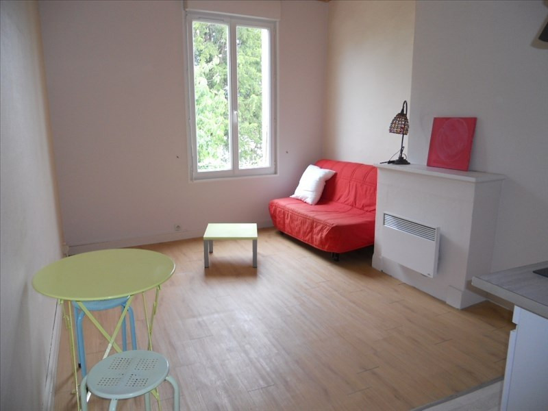 Location appartement Niort 297€ CC - Photo 1