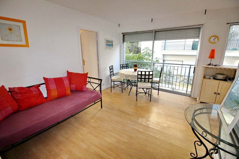 Rental apartment Nice 686€ CC - Picture 1