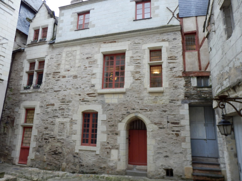 Sale apartment Angers 350 000€ - Picture 1