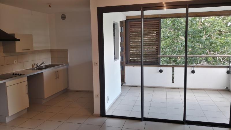 Sale apartment St paul 145000€ - Picture 2