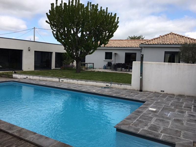 Vente maison / villa Dompierre-sur-mer 497500€ - Photo 1