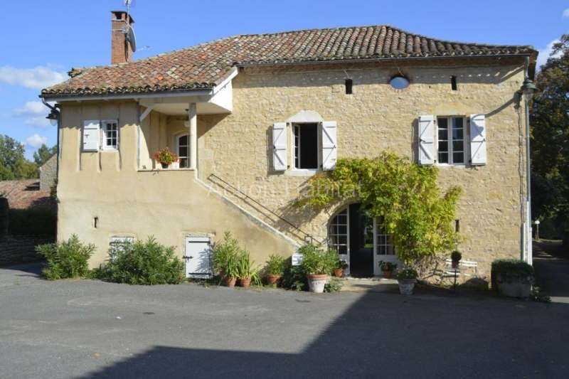 Sale house / villa Varen 345 000€ - Picture 1