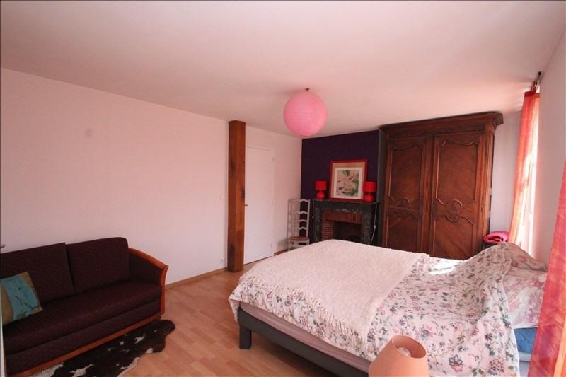 Sale house / villa Nanteuil le haudouin 265000€ - Picture 4