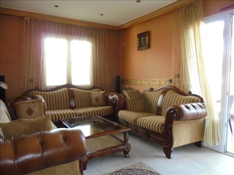 Sale apartment Marnaz 272 000€ - Picture 6
