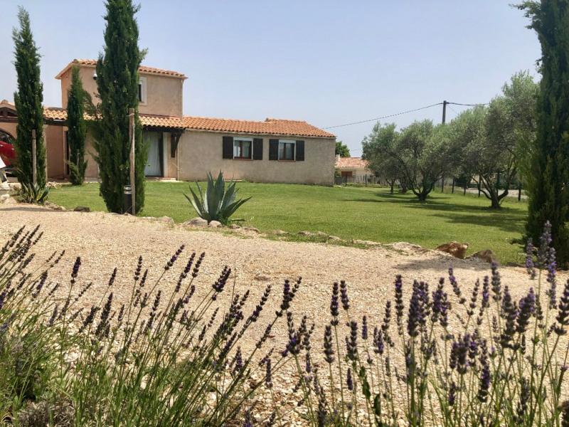 Deluxe sale house / villa Lambesc 749000€ - Picture 1
