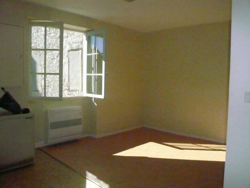 Rental apartment Nimes 782€ CC - Picture 3