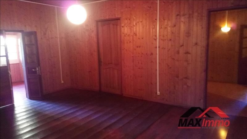 Location maison / villa La riviere 1 221€ CC - Photo 3