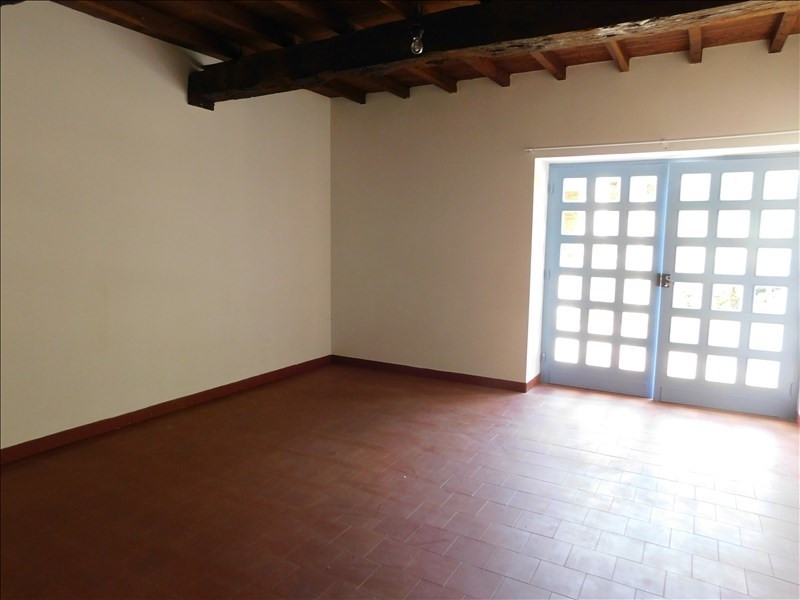 Location maison / villa Saramon 791€ CC - Photo 10