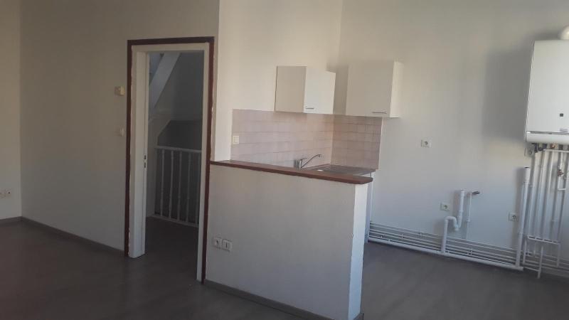 Location appartement Saint omer 395€ CC - Photo 2