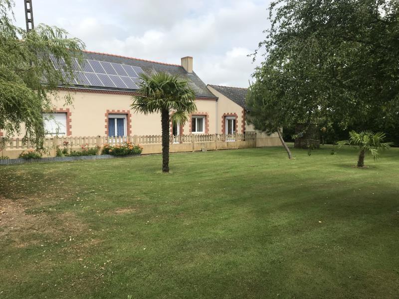 Sale house / villa Neuvy en mauges 231900€ - Picture 1