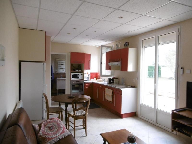 Vente maison / villa St priest bramefant 190800€ - Photo 2