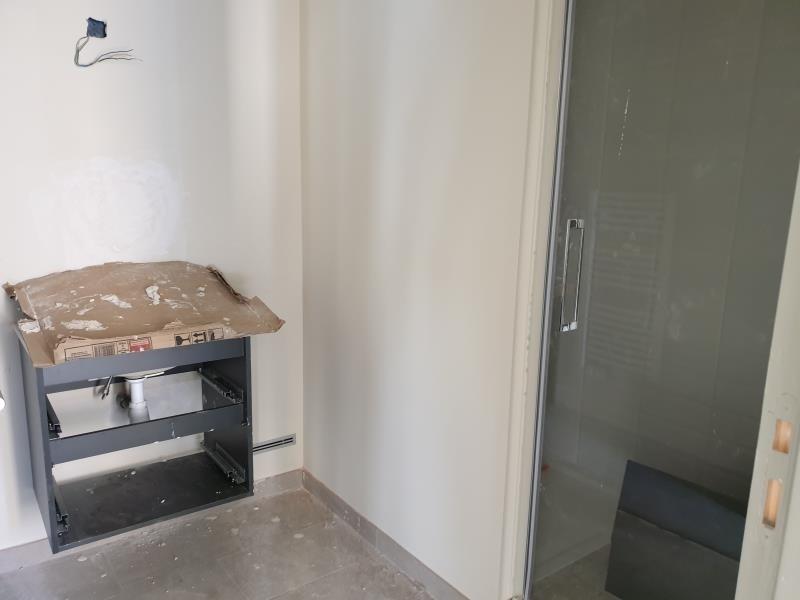 Verhuren  appartement Nimes 700€ CC - Foto 3
