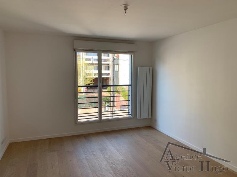 Rental apartment Rueil malmaison 1150€ CC - Picture 1