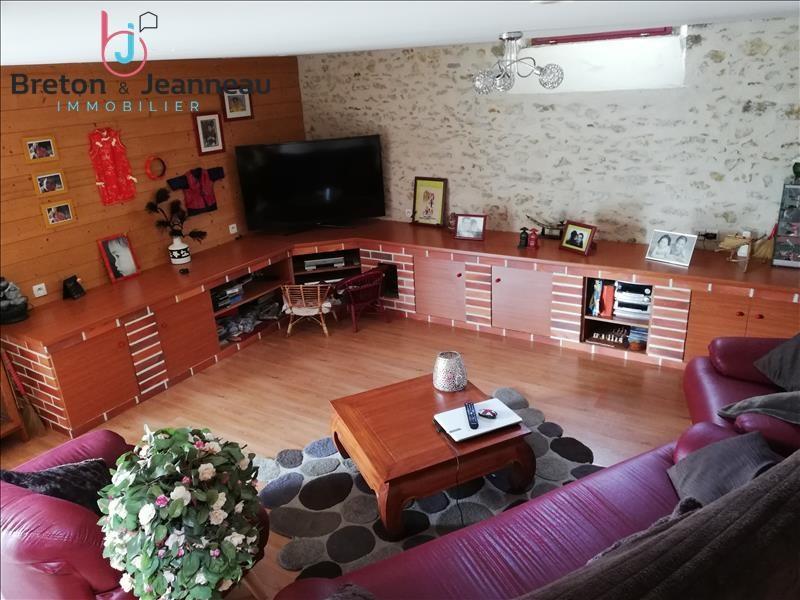 Sale house / villa Argentre 286000€ - Picture 3