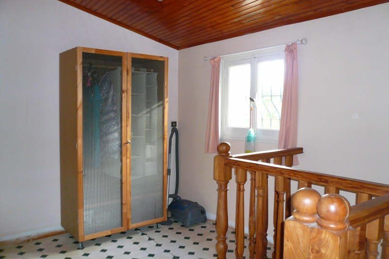 Location maison / villa St andre de cubzac 689€ CC - Photo 8