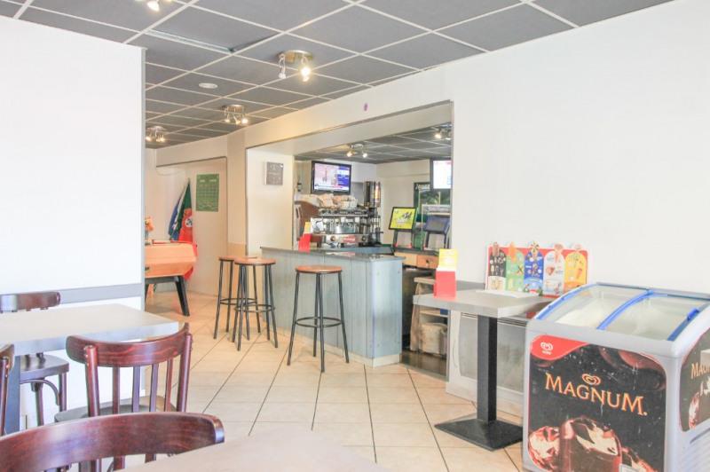 Commercial property sale shop La rochette 93000€ - Picture 2