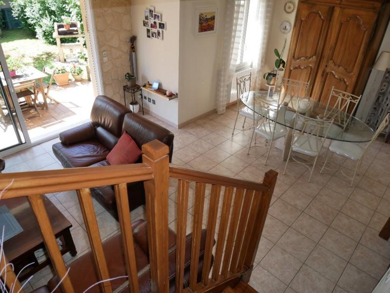 Sale house / villa Poissy 359000€ - Picture 4