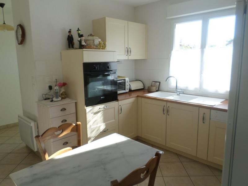 Location maison / villa Chapelle viviers 550€ CC - Photo 3