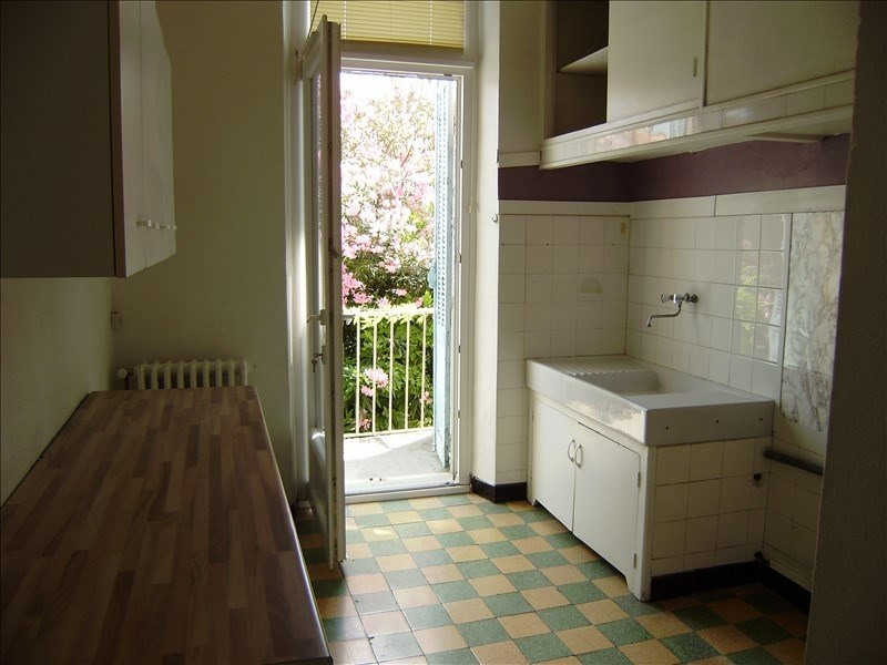 Sale building Salon de provence 943 200€ - Picture 6
