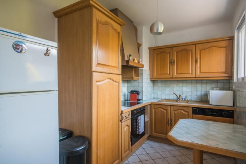 Sale house / villa Bassens 369250€ - Picture 7