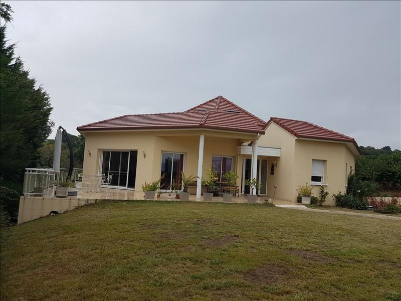 Deluxe sale house / villa Buros 630 000€ - Picture 1