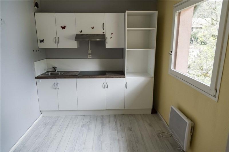 Rental apartment Nantua 327€ CC - Picture 6