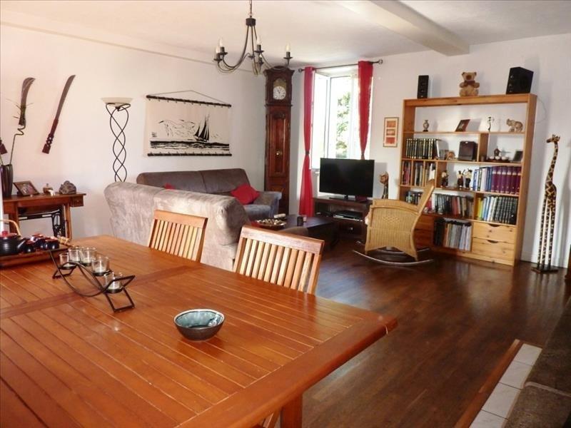Sale house / villa Maen-roch 238000€ - Picture 2