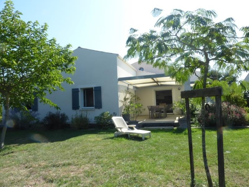 Vente de prestige maison / villa Breuil magne 370000€ - Photo 6