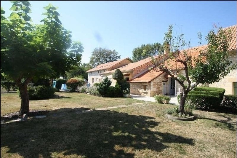 Deluxe sale house / villa St nexans 622000€ - Picture 1