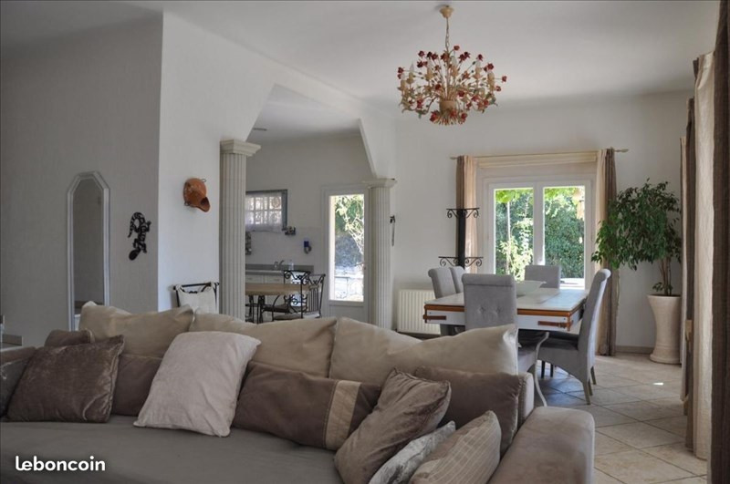 Deluxe sale house / villa Simiane collongue 590000€ - Picture 5