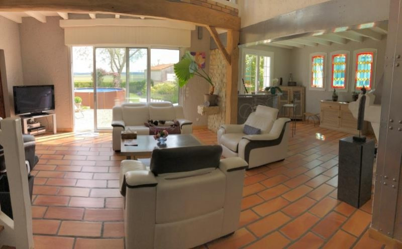 Vente maison / villa Semussac 315 000€ - Photo 5