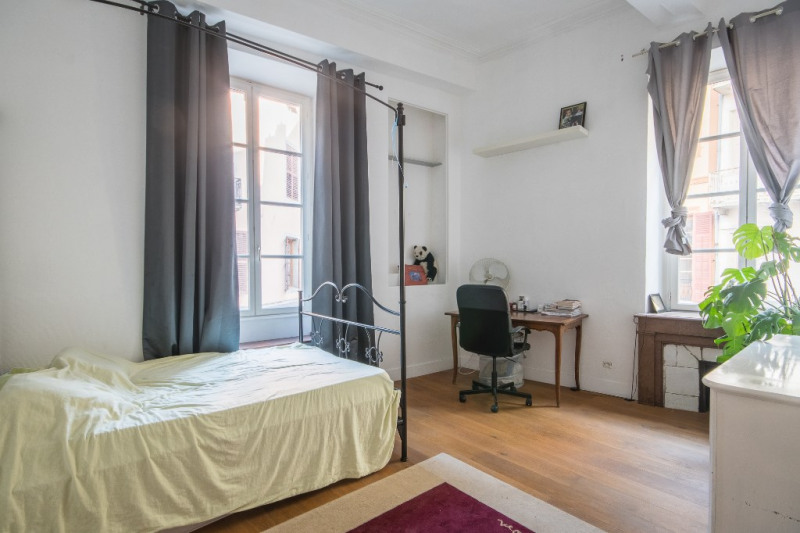 Sale apartment Chambéry 235 000€ - Picture 3