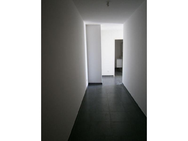 Location appartement St denis 435€ CC - Photo 2
