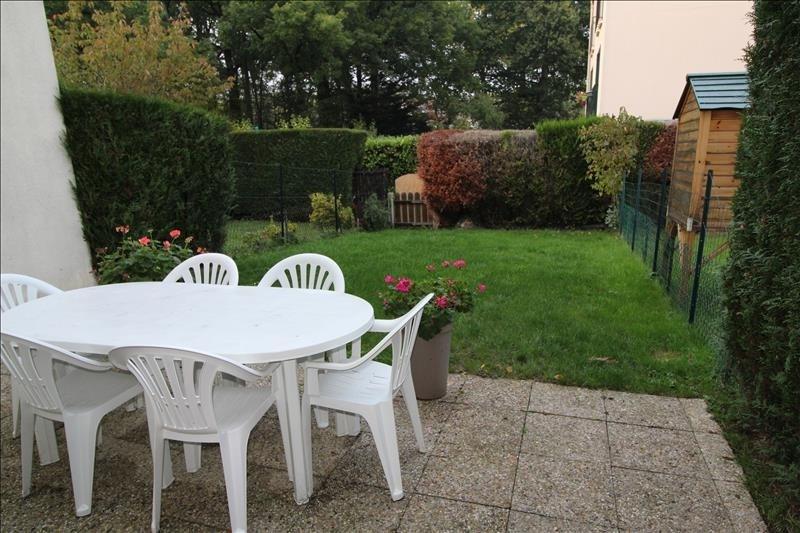 Rental house / villa Elancourt 1291€ CC - Picture 1