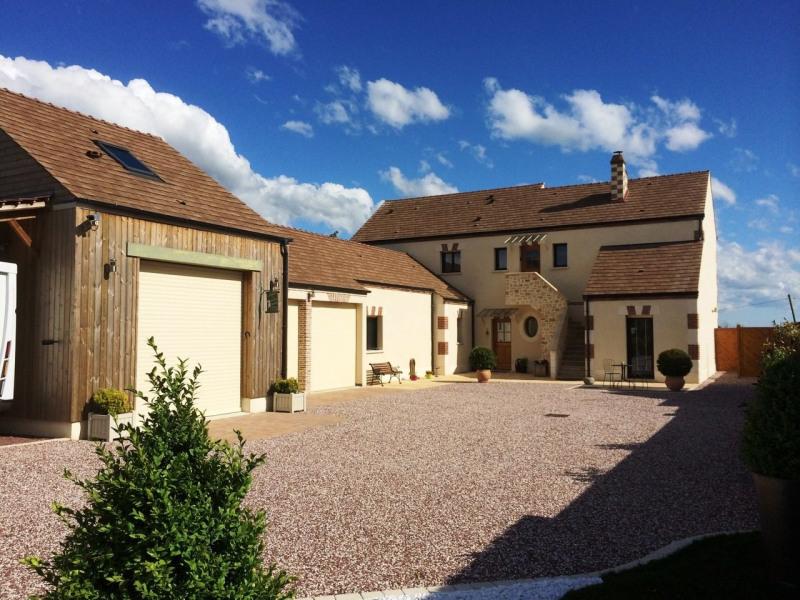 Vente maison / villa Gazeran 598000€ - Photo 1