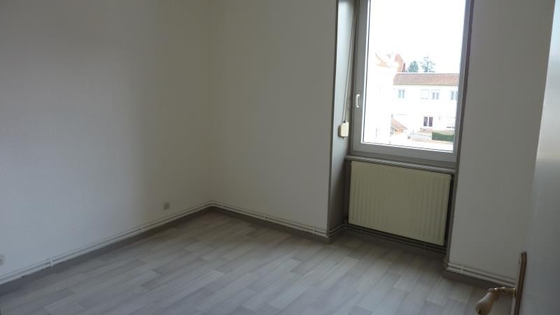 Location appartement Le coteau 515€ CC - Photo 4