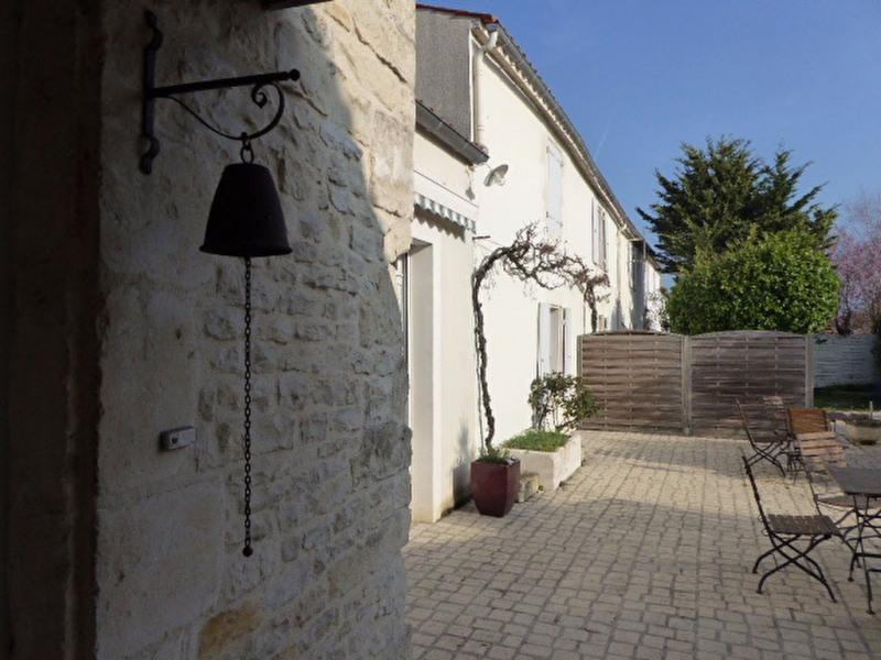 Deluxe sale house / villa Sainte soulle 824000€ - Picture 6